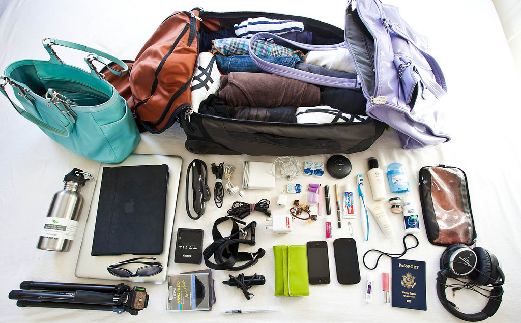 Things You Should Never Forget While Traveling