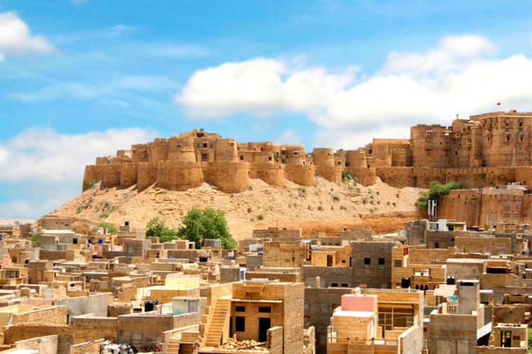 Stay in a Budget Inside The Fort - Desert Boy Guest House - Jaisalmer